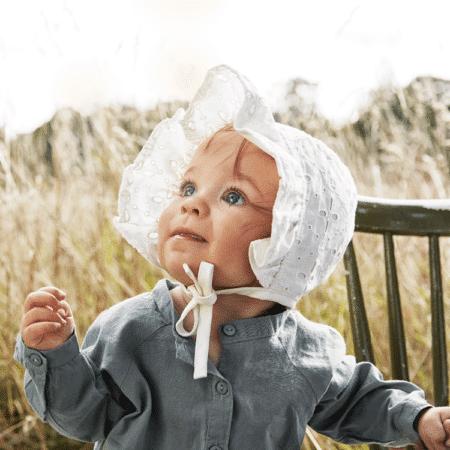 Babymützen, Sonnenhüte & Fäustlinge